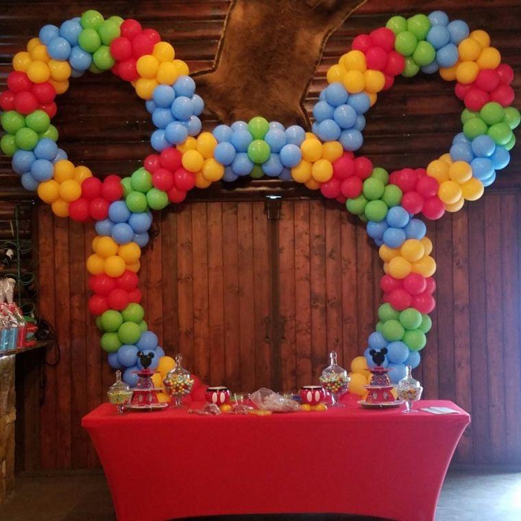 figure balloons