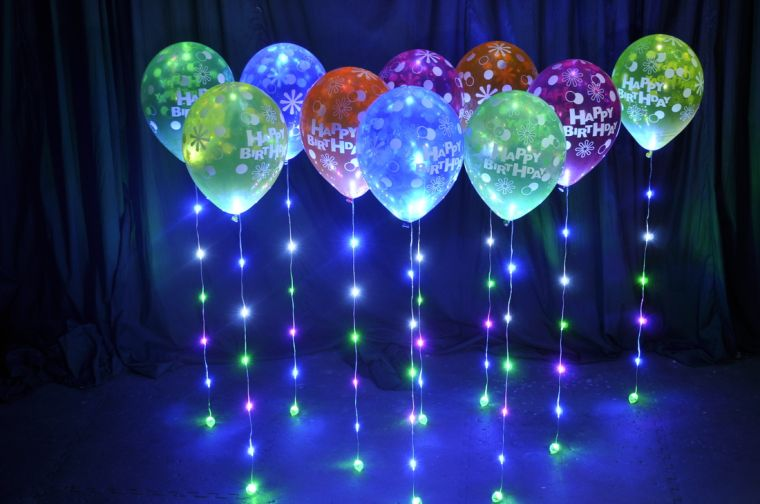 illuminated balloons