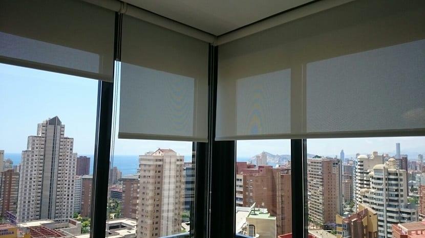 advantages of blinds