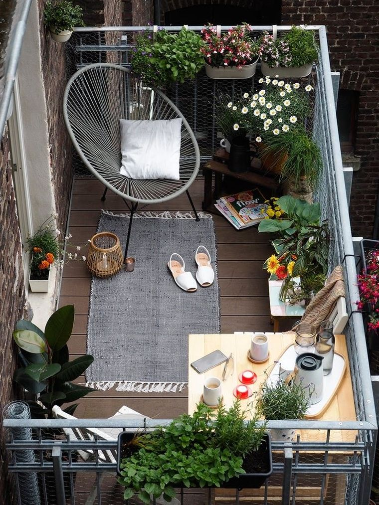decorate small comfortable balcony