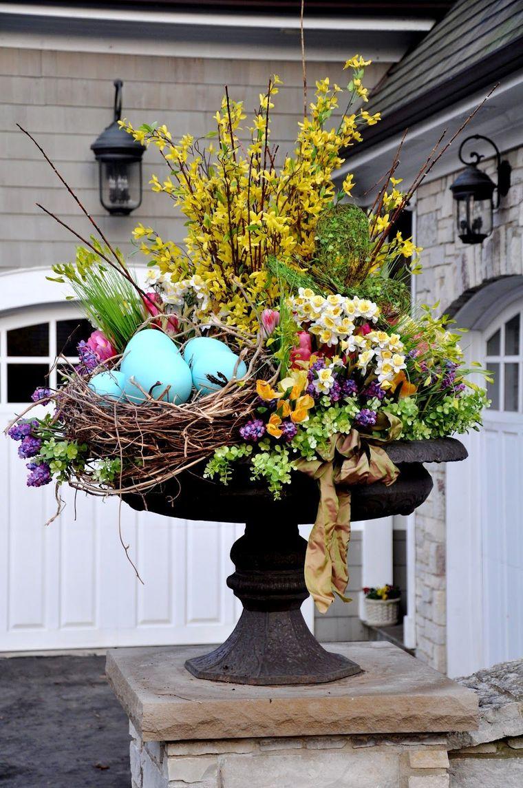 exterior spring decoration