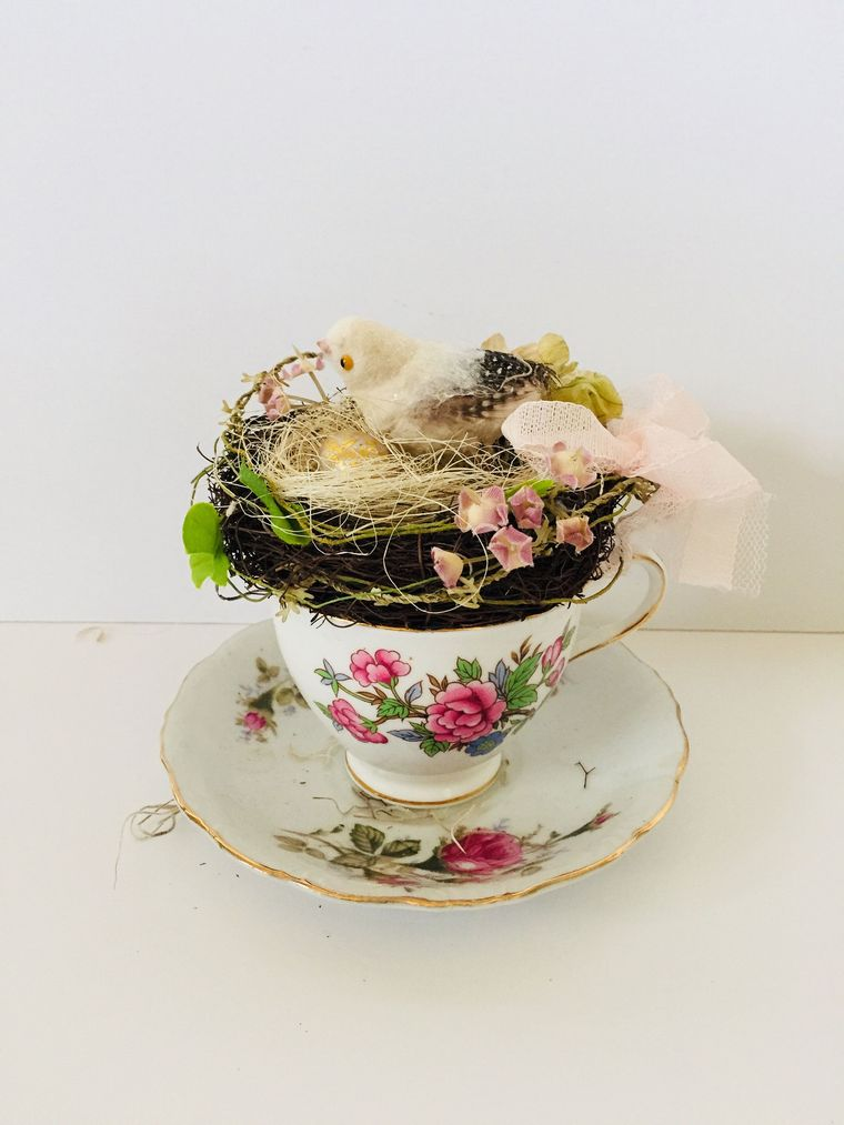 spring decoration cup