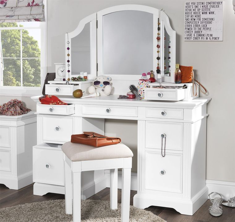 dresser with drawers ideal