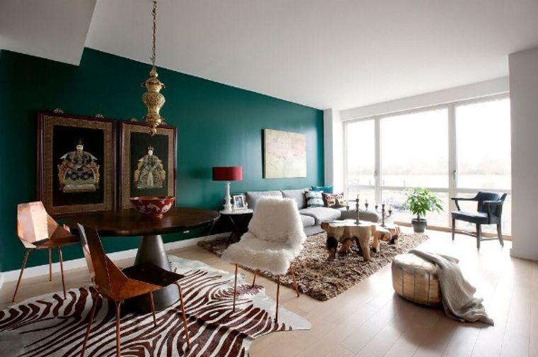 dark green color