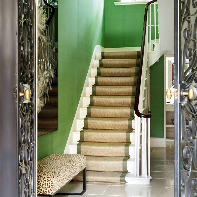 green color entrance wall