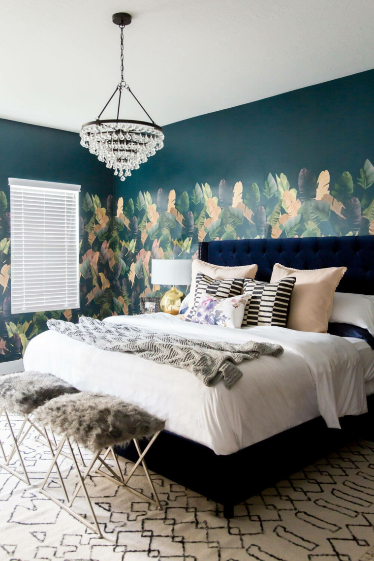 green-leaves-tropical-accent-bedroom