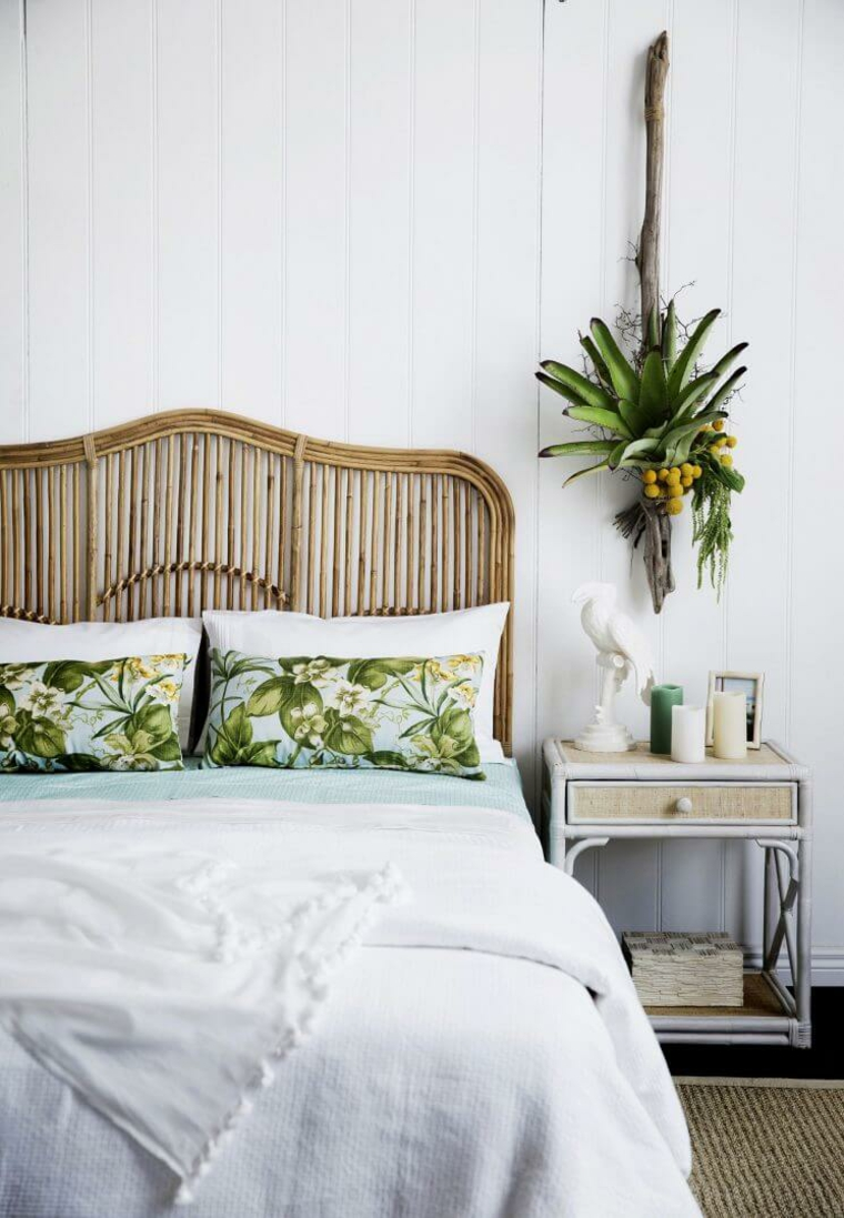 green-leaves-tropical-pillows
