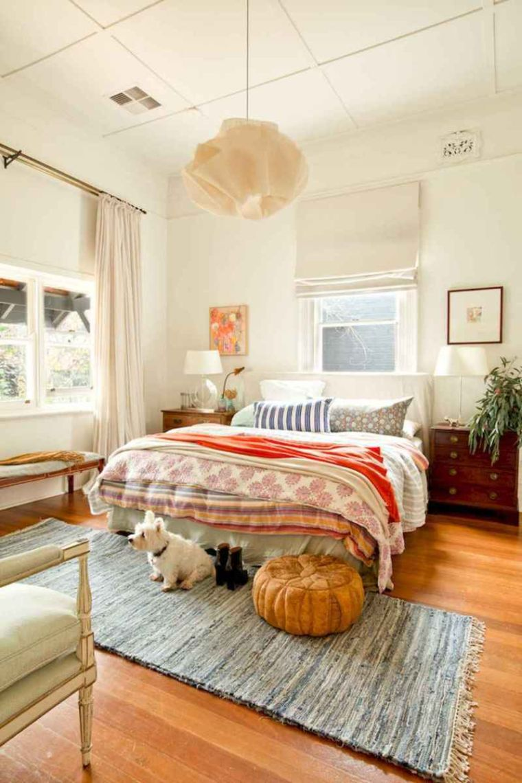 eclectic bedroom decor
