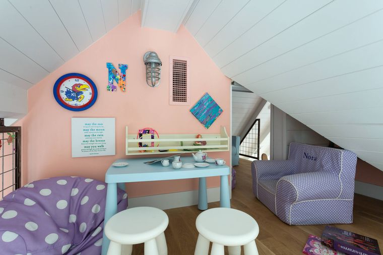 pastel color game room