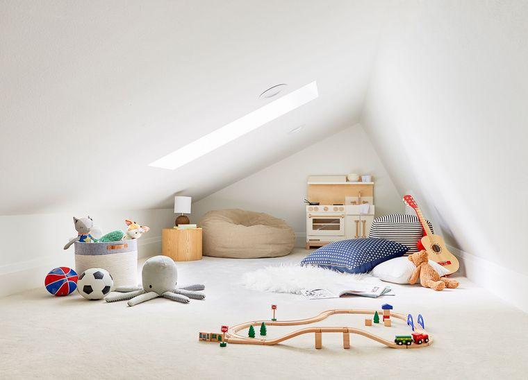 minimalist game room