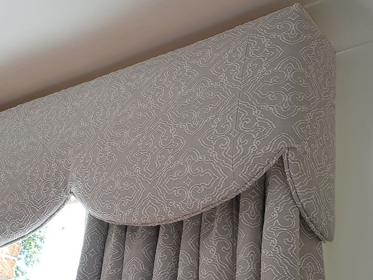 types of curtains with pelmets