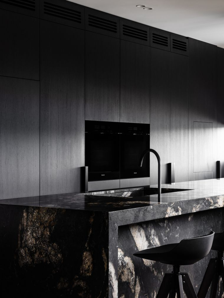 cocina-marmol-negro