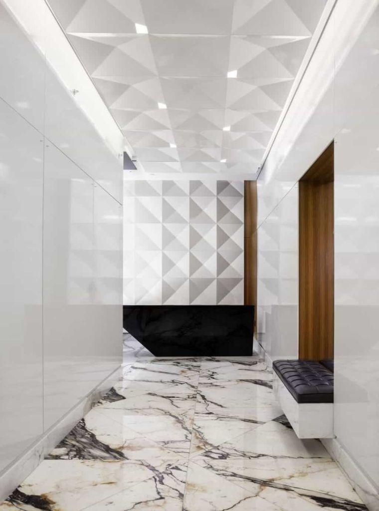 pasillo-interior-marmol