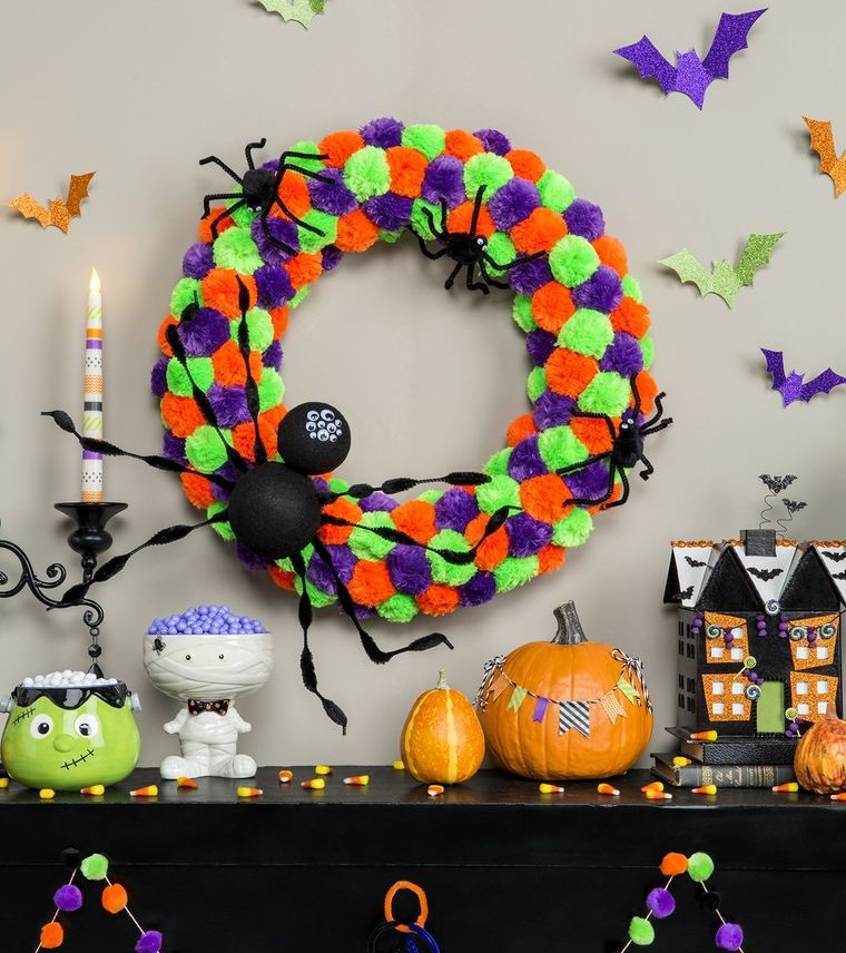 pompoms crown halloween