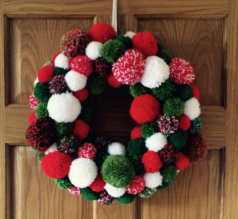 pompoms christmas wreath