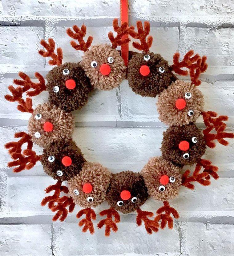 reindeer crown pom poms