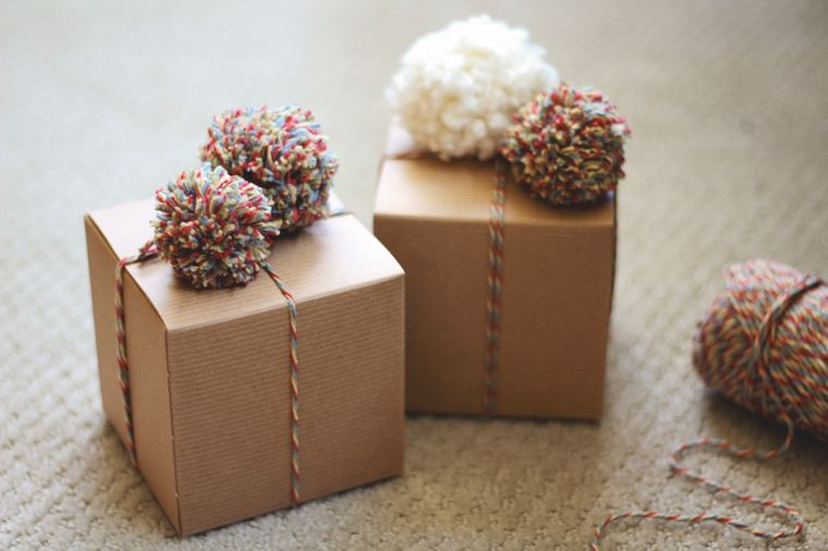 pompoms in gifts