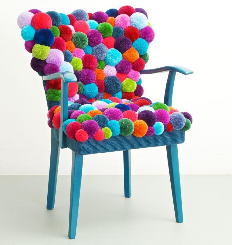 pompoms chair