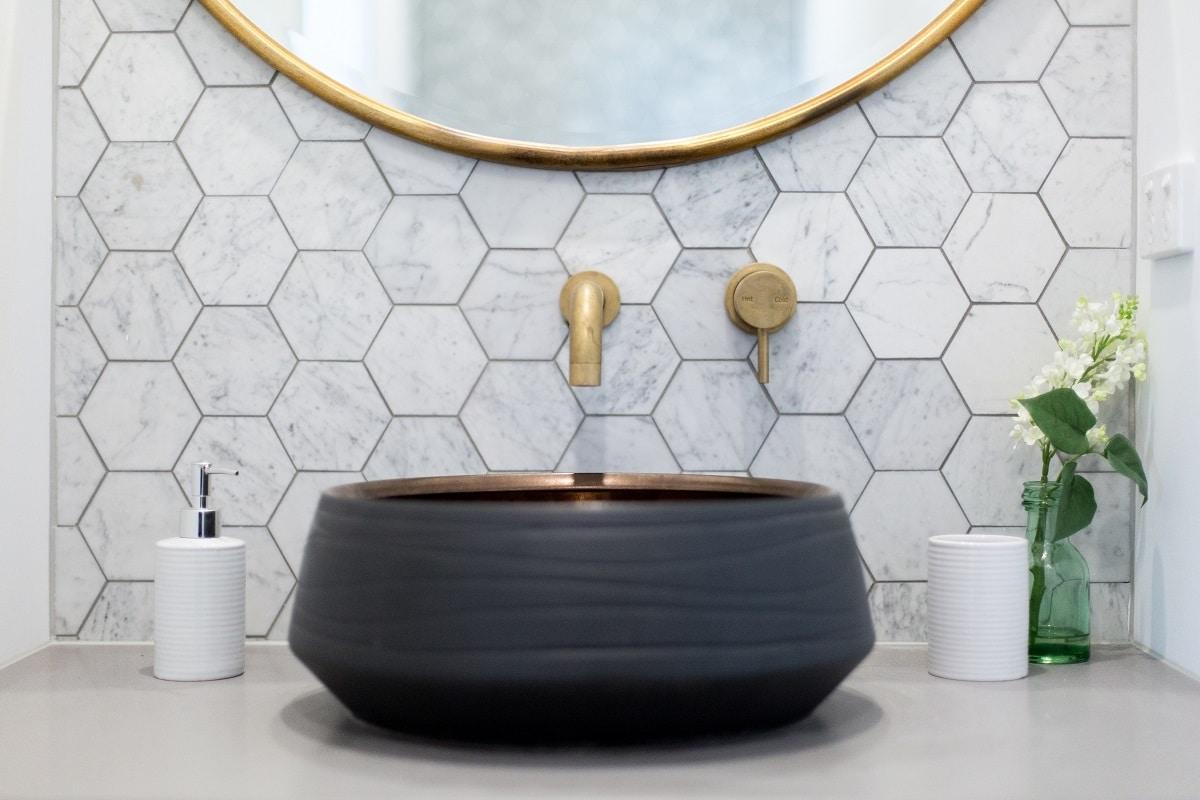 Geometric tiles