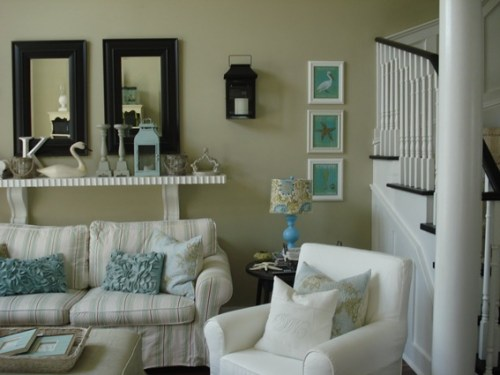 turquoise decorated rooms