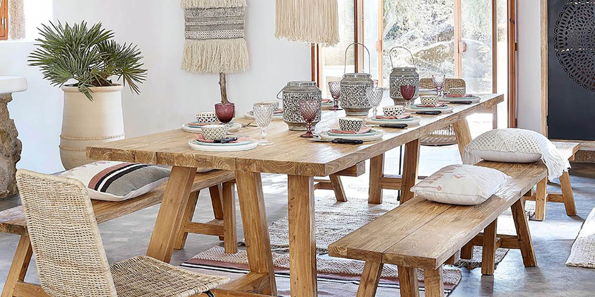 Materials in the rustic chic style