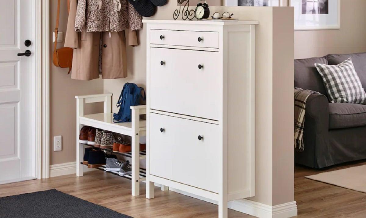 Integrate shoe racks in decoration